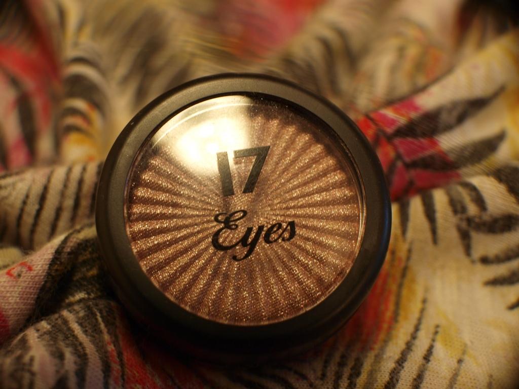 17 eyeshadow