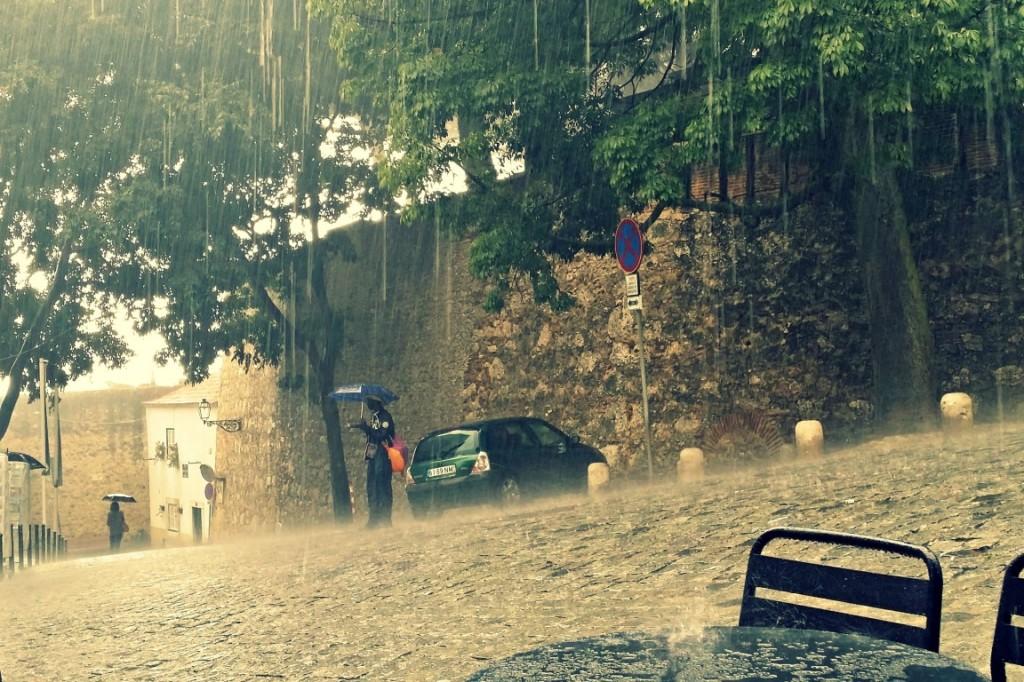 rain in Lisbon | Anna International